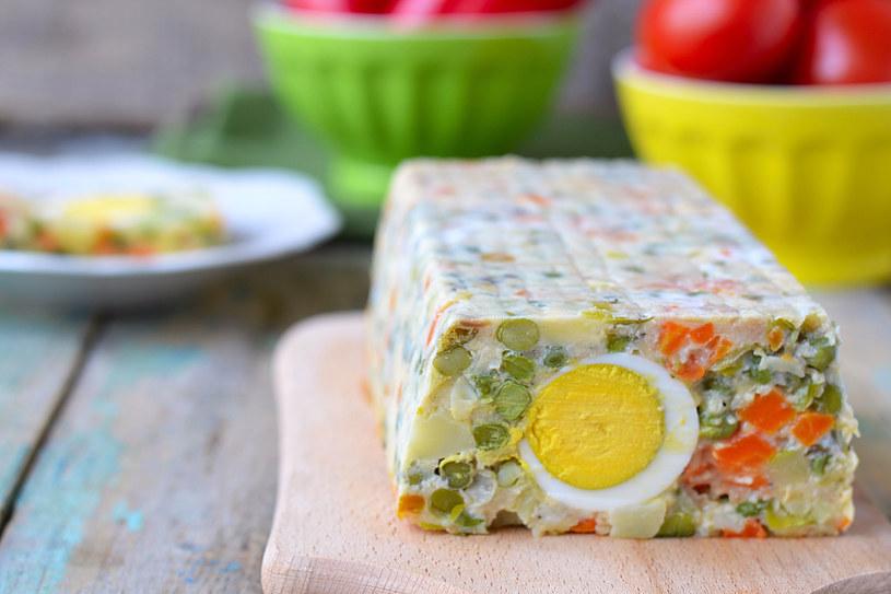Pieczeń z jajkiem /123RF/PICSEL