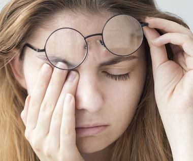 Pieczenie oczu: O czym świadczy? Jak leczyć?