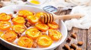 Pieczone brzoskwinie i domowa granola - słoneczny deser