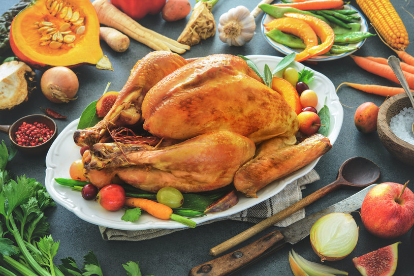 Pieczony kurczak /123RF/PICSEL