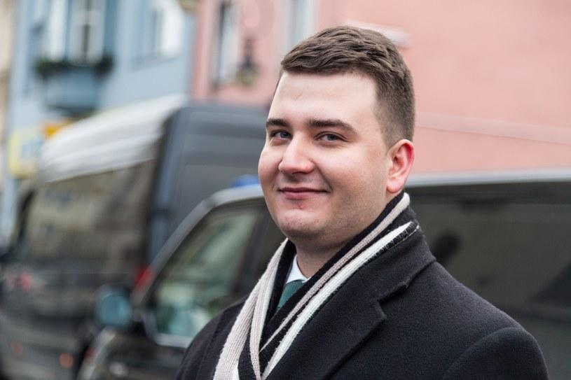 """""""Piekielnie medialny"""" Bartłomiej Misiewicz będzie miał program w telewizji /Krzysztof Kaniewski /Reporter"""
