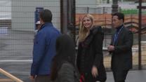 Piękna Ivanka Trump i jej bodyguardzi na meczu curlingu. Wideo