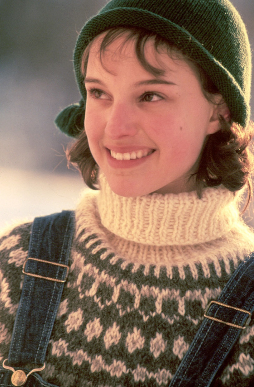 Piękna Natalie Portman w swetrze Fair Isle (1996 rok) /Everett Collection /East News