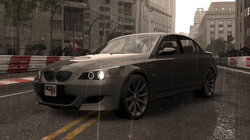 Piękne BMW w swojej wspaniałej i pełnej okazałości - skrzynie biegów lizać /INTERIA.PL