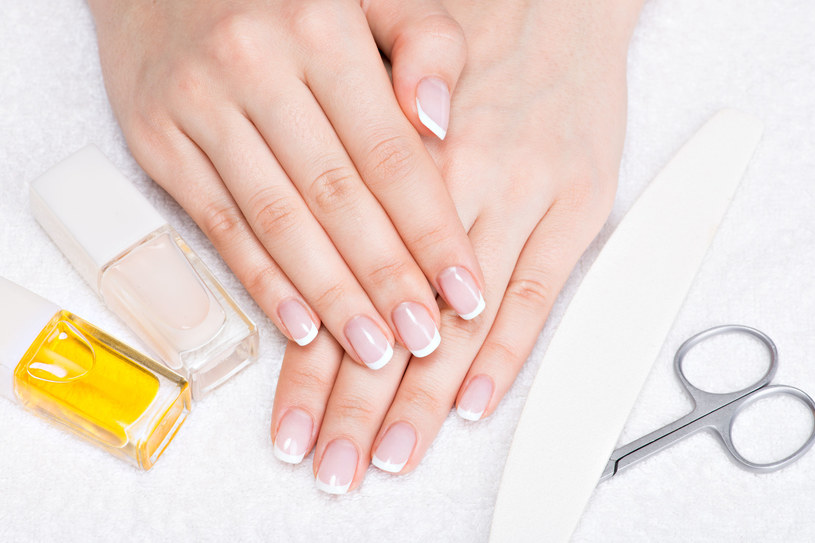 Piękne dłonie bez wydawania fortuny /123RF/PICSEL