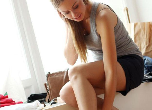 Piękne nogi bez żylaków? To możliwe! /123RF/PICSEL