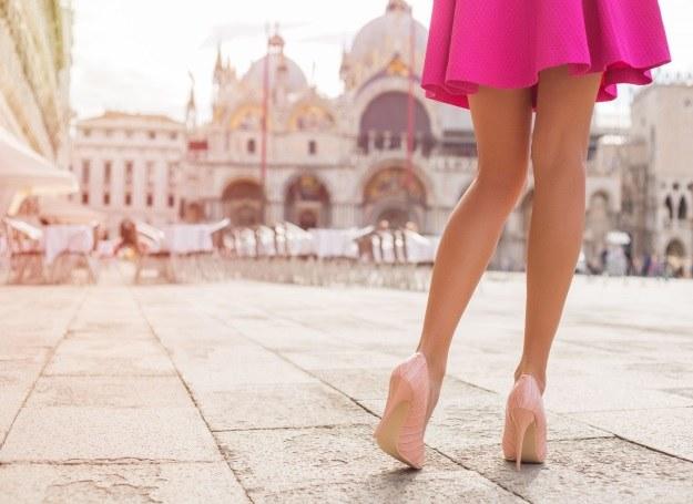 Piękne nogi latem to marzenie każdej z nas! /123RF/PICSEL