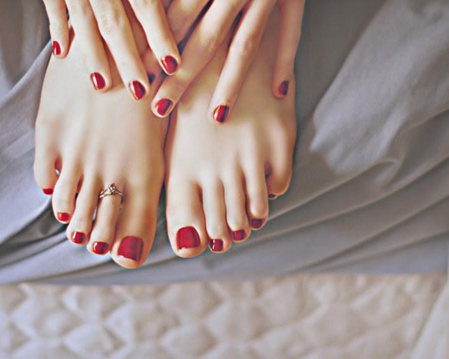 piękne stopy /© Photogenica