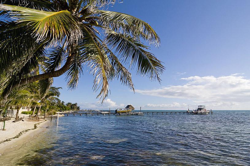 Piękne widoki, czyste wybrzeża, a do tego (jeszcze!) mało turystów /123RF/PICSEL