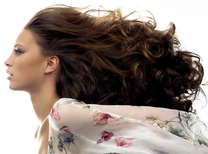 piekne włosy /© Photogenica
