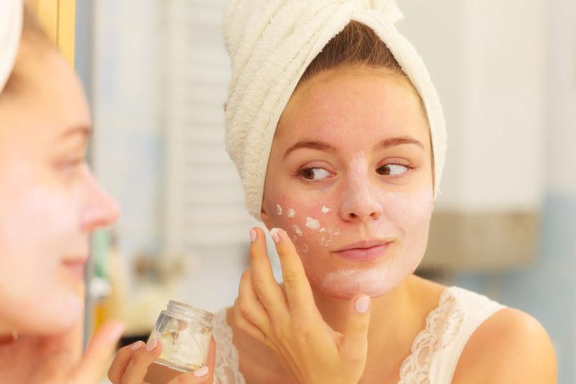 Pielęgnacja skóry mieszanej może okazać się wyzwaniem /123RF/PICSEL