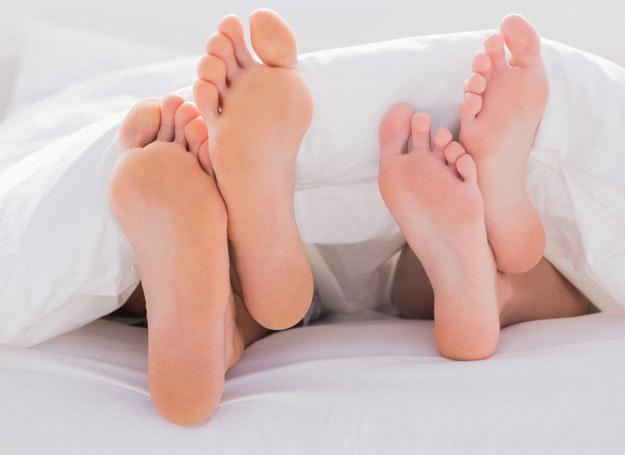 Pielęgnacja stóp nie jest skomplikowana, wystarczy odpowiedni kosmetyk /123RF/PICSEL