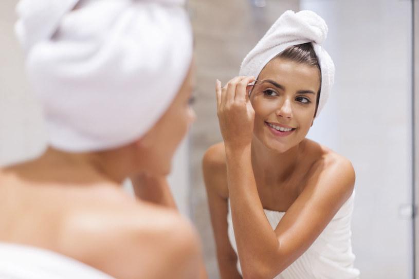 Pielęgnacja twarzy w okresie zimowym jest bardzo ważna /123RF/PICSEL