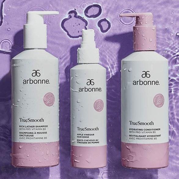 Pielęgnacja włosów TrueSmooth z Arbonne /materiały prasowe