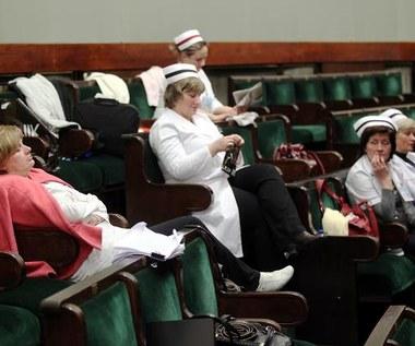 Pielęgniarki nocowały w Sejmie. Na znak protestu