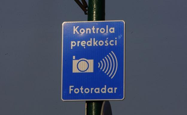 Pieniądze z sieci fotoradarów mają trafiać na drogi / Fot: Stanisław Kowalczuk /East News