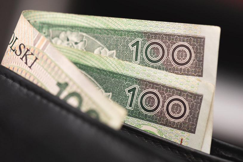 Pieniądze z wygranej para częściowo przeznaczy na upamiętnienie pamięci zmarłego syna /123RF/PICSEL