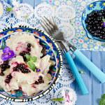 Pierogi z serem i owocami