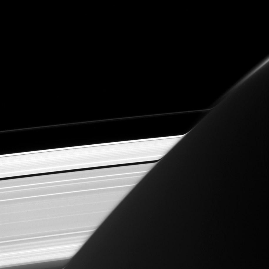 Pierścienie Saturna /NASA/JPL-Caltech/Space Science Institute /materiały prasowe