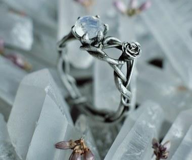 Pierścionki zaręczynowe: Wybór alternatywny