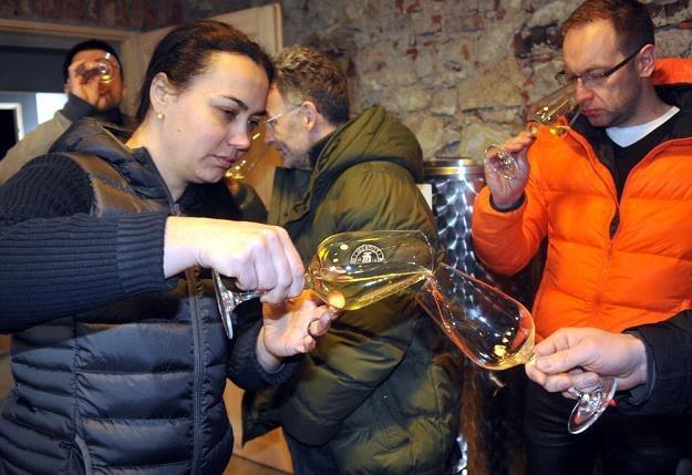 Pierwsza degustacja wina w winnicy Srebrna Góra na Bielanach w Krakowie. Fot. M. Lasyk /Reporter