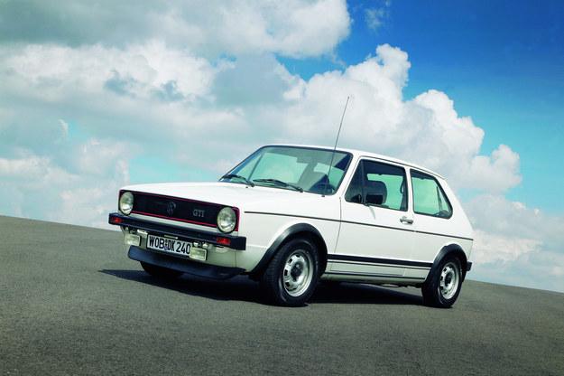 Pierwsza generacja Golfa GTI. /Volkswagen