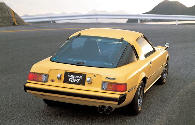 Pierwsza generacja, model roku 1978 - w USA oferowany pod nazwą RX-7 Savanna. /Motor