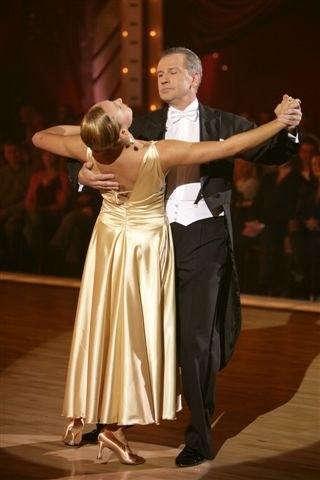 """Pierwszą gwiazdą z oryginalnej obsady """"Klanu"""", która odważyła się zaprezentować swe umiejętności taneczne w programie """"Taniec z gwiazdami"""", był Tomasz Stockinger /Agencja W. Impact"""