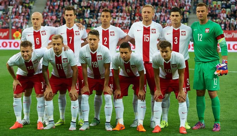 Pierwsza jedenastka reprezentacji Polski przed meczem z Grecją /Adam Warżawa /PAP