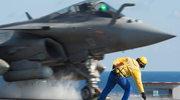 """Pierwsze ataki z lotniskowca """"Charles de Gaulle"""" na cele IS w Syrii"""