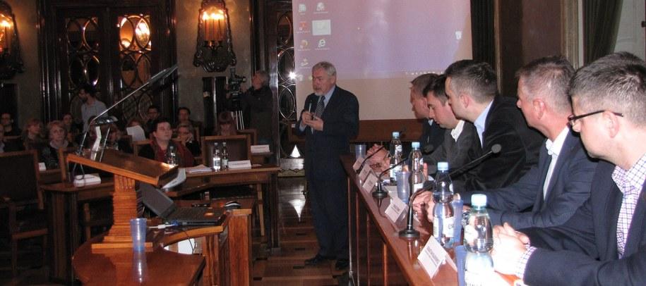 Pierwsze konsultacje w sprawie organizacji zimowych igrzysk w Krakowie /Maciej Grzyb /RMF FM