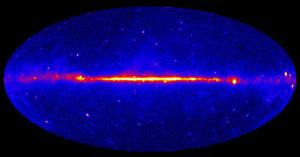 Pierwsze ślady anihilacji ciemnej materii
