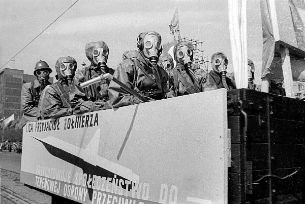 Warszawa 01.05.1959 r., pochód pierwszomajowy