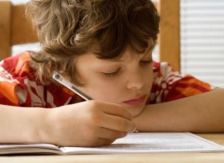 Pierwszy dzień w szkole to dla dziecka ogromny stres! /ThetaXstock
