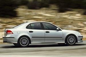 Pierwszy kompaktowy sedan Saaba