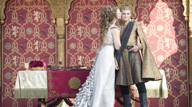 """Pierwszy odcinek czwartego sezonu """"Gry o tron"""" na antenie telewizji HBO zadebiutował 6 kwietnia 2014 /materiały prasowe"""