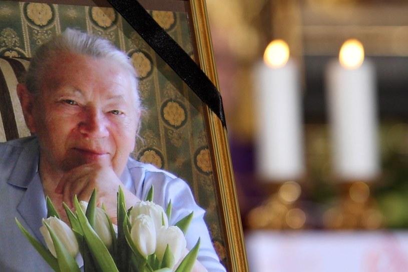 Pierwszy pogrzeb Anny Walentynowicz /Jan Kucharzyk /East News