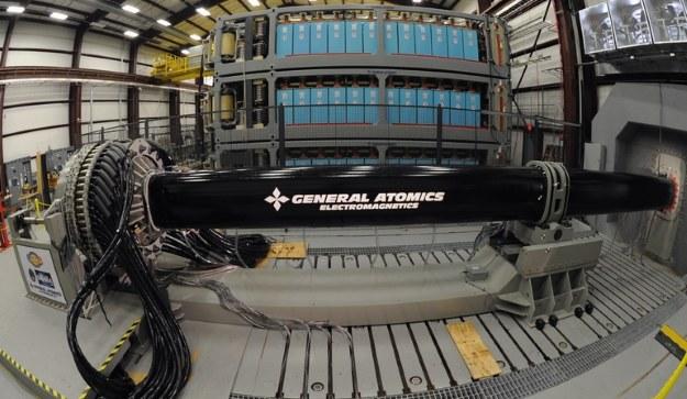 Pierwszy prototyp railguna opracowany przez General Atomics.  Fot. US Navy /materiały prasowe
