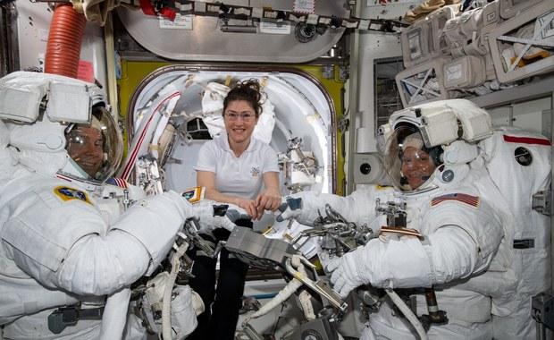 Pierwszy wyłącznie kobiecy spacer kosmiczny odwołany. Poszło o stroje...