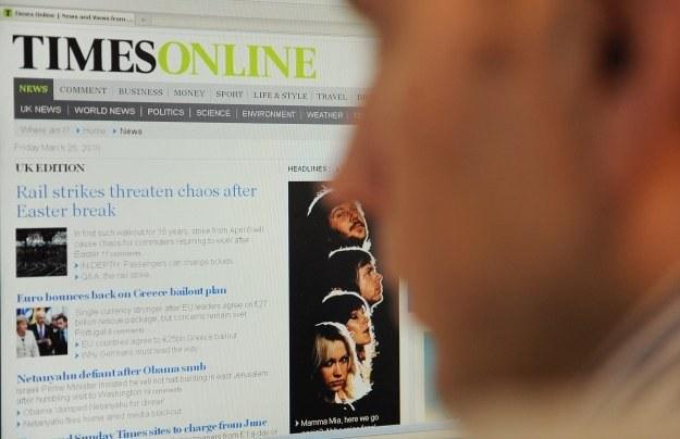 """Pierwszymi płatnymi serwisami Ruperta Murdocha będą """"The Times"""" i """"The Sunday Times"""" /AFP"""