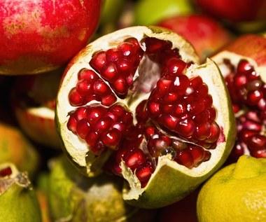 Piętnaście zalet spożywania owocu granatu