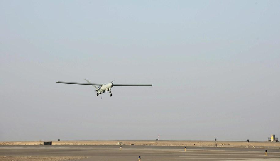 Pigułki mają być przetransportowane dronem / MARK LARNER /PAP/EPA