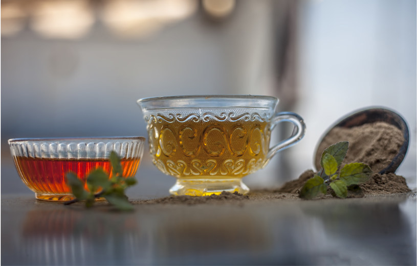 Pij herbatkę z bakopy /123RF/PICSEL