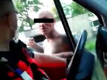Pijany mężczyzna zaatakował załogę karetki pogotowia /KMP Ruda Śląska /
