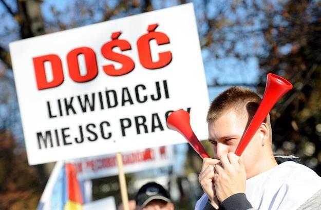Pikieta zorganizowana przez MZZPRC w Grupie Kapitałowej Polskiego Koncernu Naftowego PKN ORLEN /PAP
