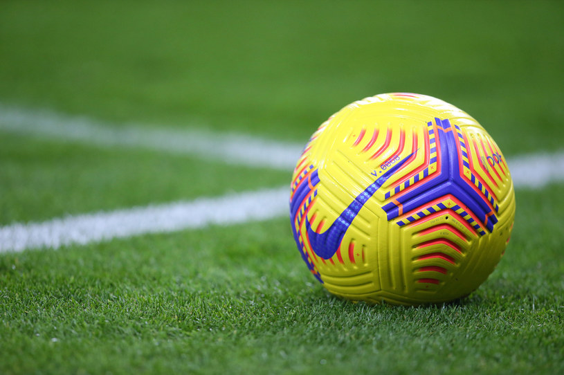 Piłka, którą gra się w Premier League /Getty Images