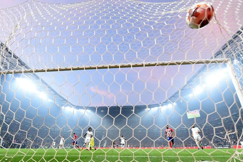 Piłka w bramce /AFP