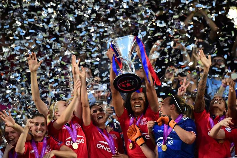 Piłkarki Lyonu świętują triumf w Lidze Mistrzyń /AFP