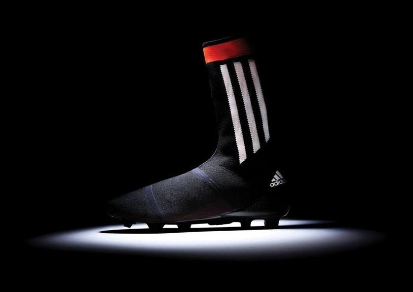 Piłkarski but przyszłości. Prototypowy model Adidas Primeknit FS /materiały prasowe
