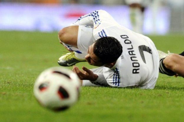 Piłkarskie emocje w 3D /AFP